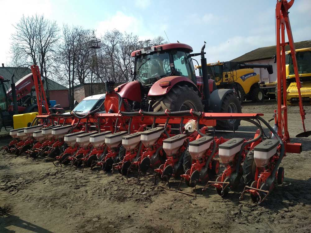 Re-equipment of KUHN PLANTER-3 seed drill for application of liquid fertilizers, UAN, PPP