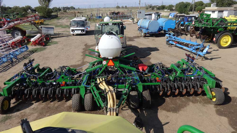 Photoreport from the site of modernization of the John Deere 1890 seeder photo №6