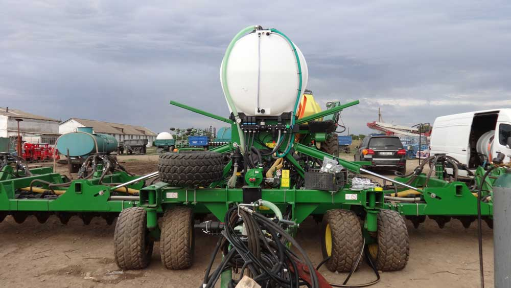 Photoreport from the site of modernization of the John Deere 1890 seeder photo №10