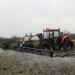 Self-propelled sprayer «Vodoley» with hydraulic rod drive
