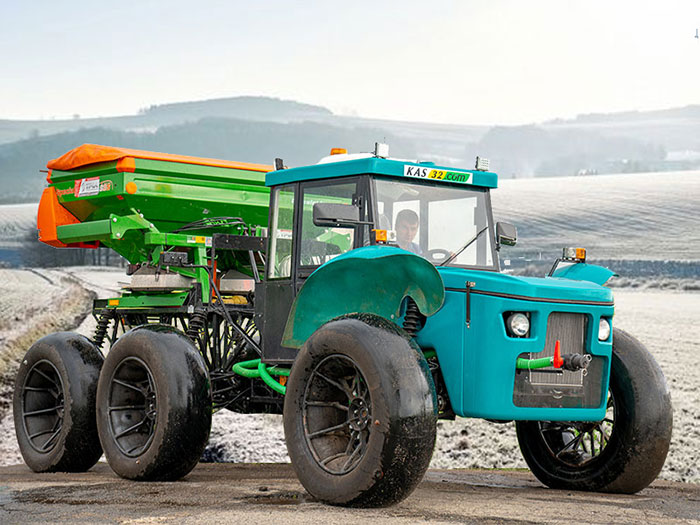 Self-propelled spreader Vodoley